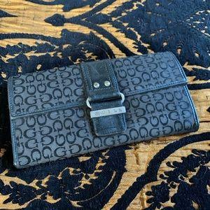 Zip handheld wallet
